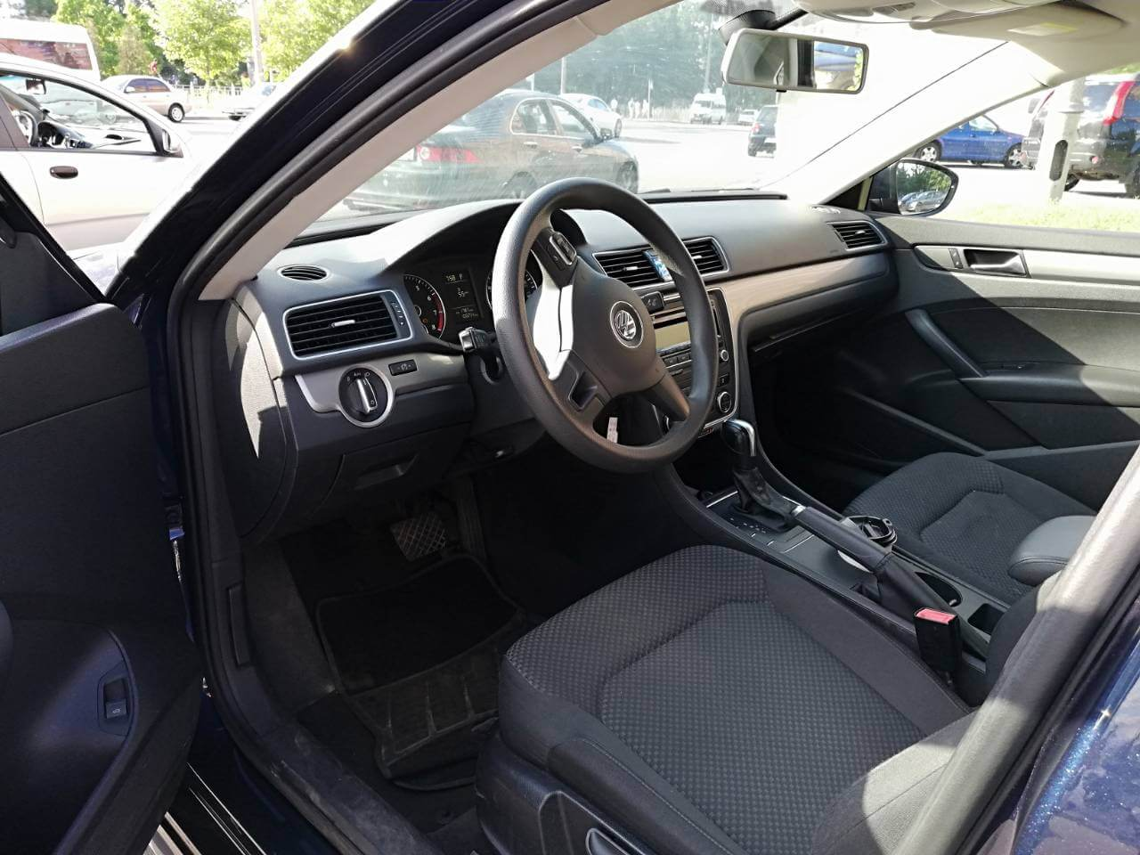 Купить бу Volkswagen Passat