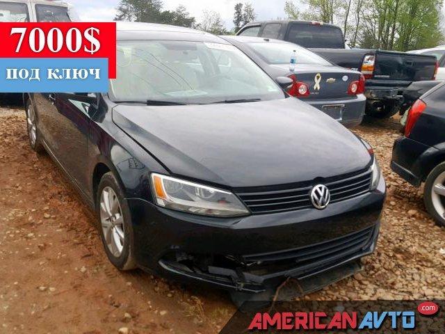 Купить б/у Volkswagen Jetta 2.5 2012 года в США