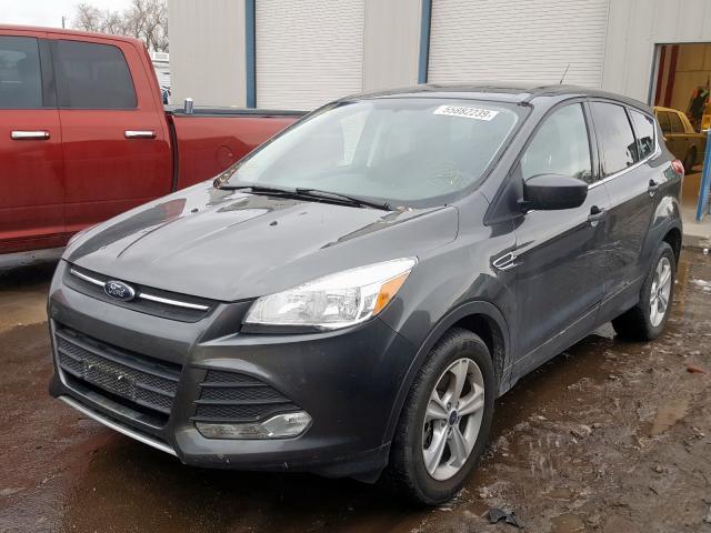 Купить бу Ford Escape 1.6 2016 года в США