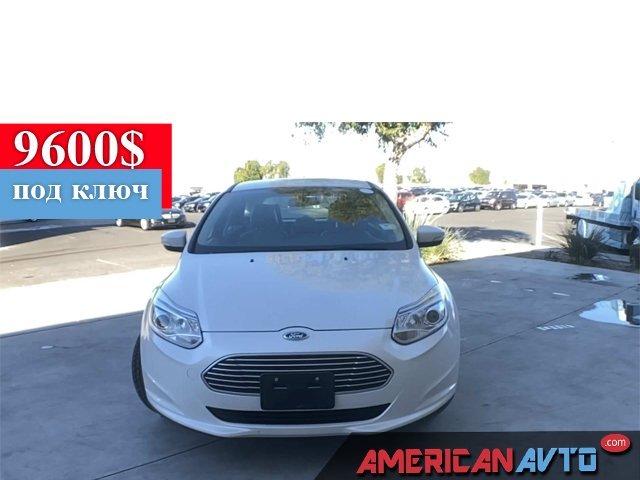Купить бу Ford FOCUS ELECTRIC 2014 года в США