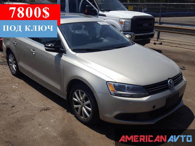 Купить бу Volkswagen Jetta 2.5 2013 года в США